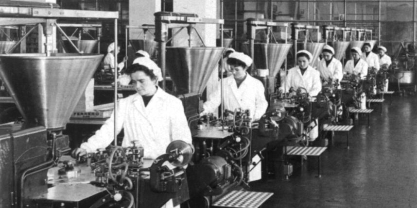 La première usine de fabrication de Nutella, à Alba, dans les années 1950.