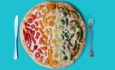 Emily Blincoe pizza arc en ciel