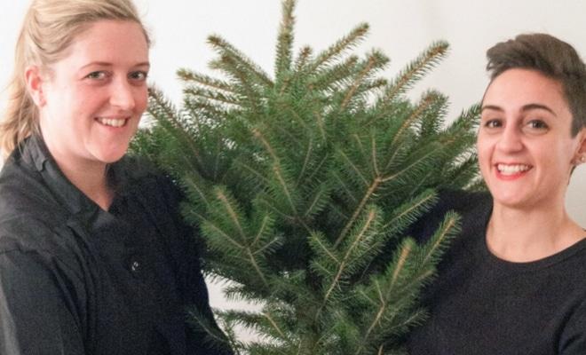 Lauren Davies et Julia Georgallis  : recycler son sapin en le mangeant