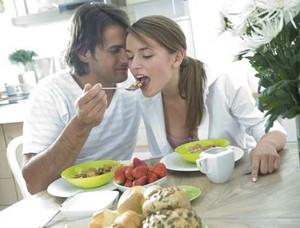 Vous êtes célibataire et vous en avez marre des sites de rencontres classiques ? Voici MarmiteLove, un site de rencontres au concept original et gourmand à destination des passionnés de cuisine !