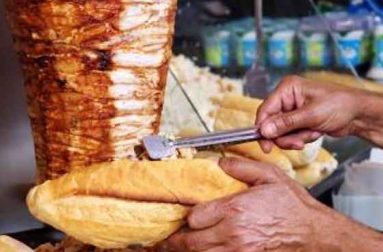 Normes sanitaires pour broche à viande kebab