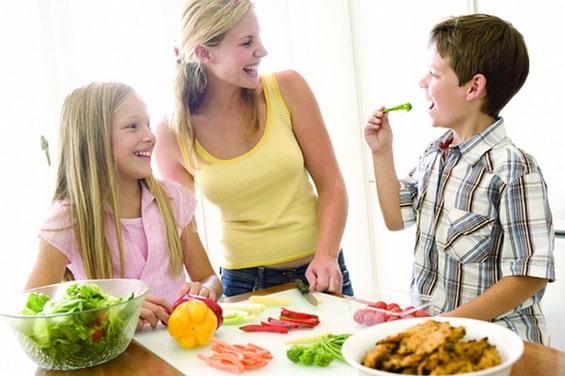 Manger des fruits et légumes rendrait heureux et optimiste!