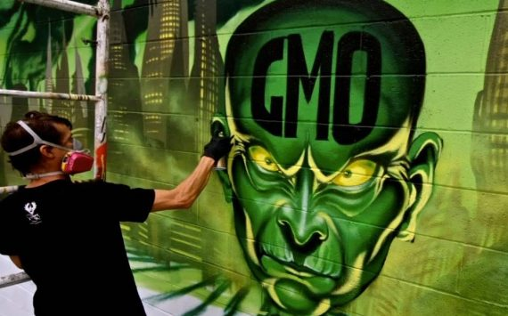 """Quand le """"Street Art"""" dénonce la banalisation des OGM"""