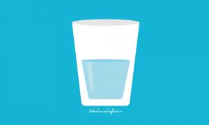 verre d'eau pour s'hydrater