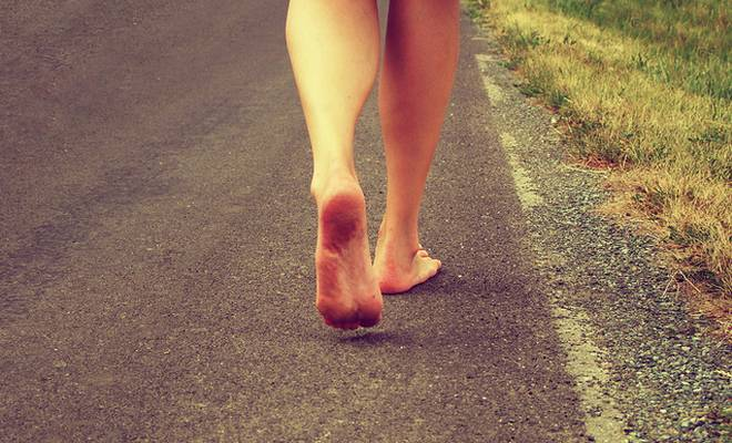 bienfaits course à pieds nus barefoot