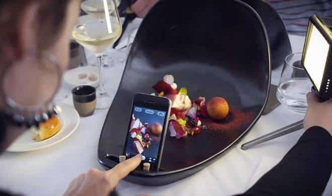 Des assiettes spécialement conçues pour les paparazzis de l'assiette!