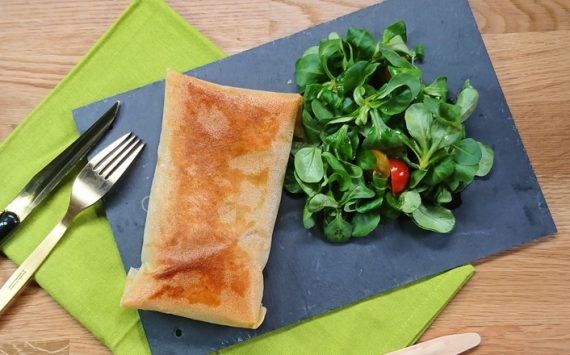 Saumon et épinards en feuilles de brick (Recette facile⭐)