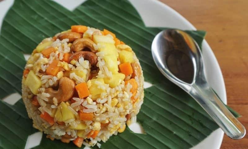 Riz sauté à l'ananas (recette facile ⭐)