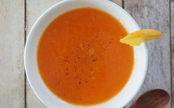 Soupe de carottes à l'orange (recette facile⭐)