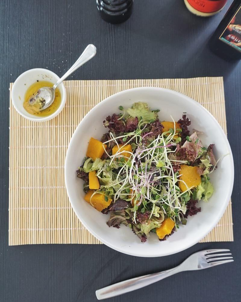 Salade de crudités et de potimarron spéciale automne
