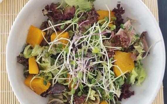 Salade d'automne au potimarron rôti (recette facile⭐)
