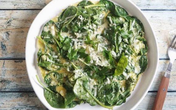 L'omelette aux légumes verts (recette facile ⭐)